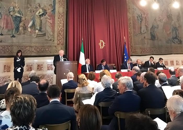 Relazione AgCom, l'Italia è ultima in UE per uso del web