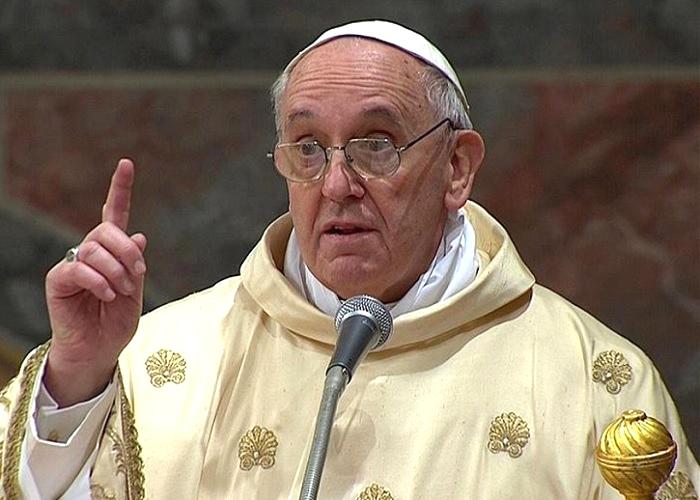 Papa Francesco: 'Chi toglie il lavoro fa un peccato gravissimo'
